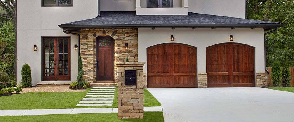 RESERVE® COLLECTION. Beautiful Wood Garage Doors ...